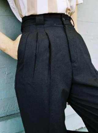 pantalone-con-pinces-1
